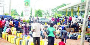 04-02-2016-nigeria-fuel-lines-3